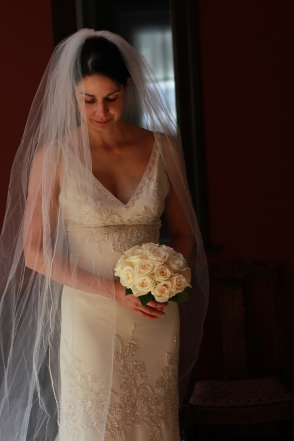 the lovely juliet with hand wired bouquet